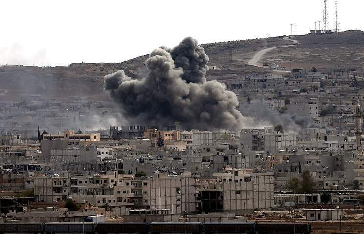 Explosion after coalition airstrike on Kobane, Syria