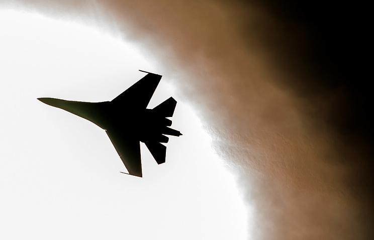Su-27 fighter