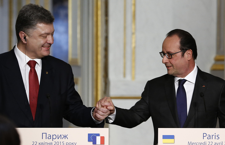 Petro Poroshenko and Francois Hollande