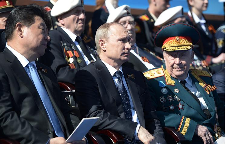 Russian president Vladimir Putin and his chinese counterpart Xi Jinping at the parade