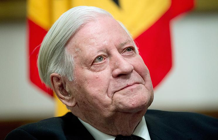 Former West German Chancellor Helmut Schmidt