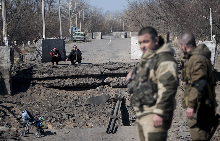 LPR militia fighters, March 2015