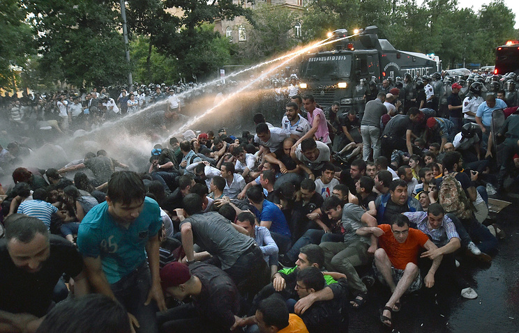 Protesters in Yerevan, June 2015