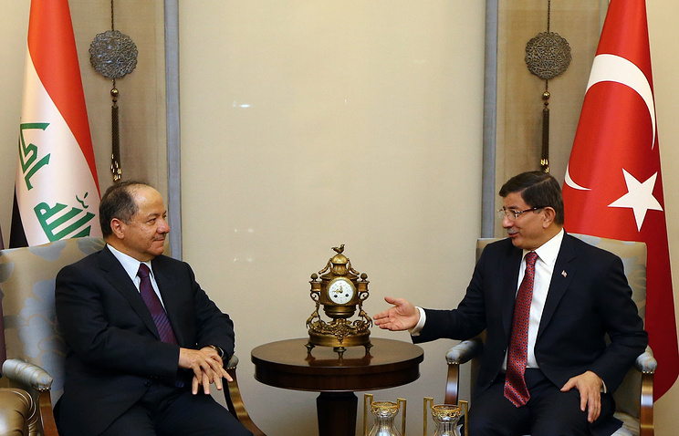 President of Iraq'a northern Kurdish region, Massoud Barzani and Turkish Prime Minister Ahmet Davutoglu
