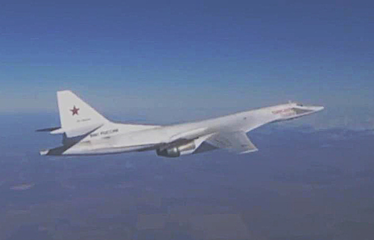 A Tupolev Tu-160 strategic bomber of the Russian Air Force's long-range aviation seen ahead of carrying out an airstrike on ISIS targets in Syria (Video screen grab)