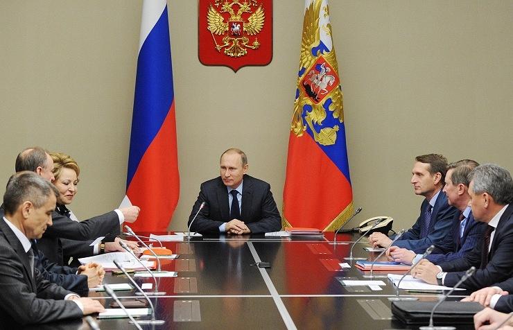 Vladimir Putin and members of Russian Security Council