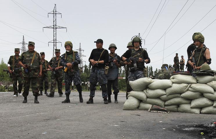 Kyrgyz soldiers