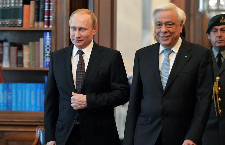 Greek President Prokopios Pavlopoulos and Russian President Vladimir Putin