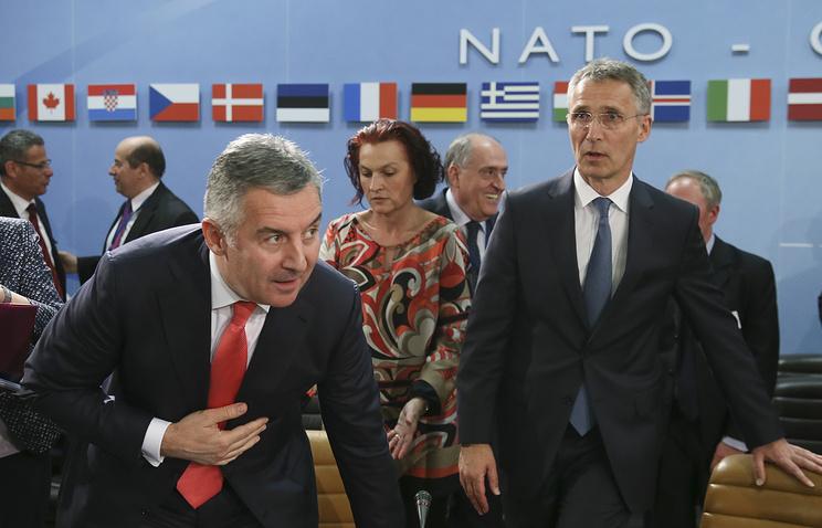 Montenegrin Prime Minister Milo Djukanovic and NATO Secretary General Jens Stoltenberg