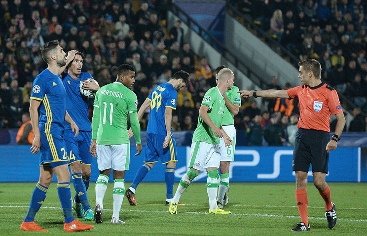 FC Rostov, PSV Eindhoven players and referee during the UEFA Champions League's match
