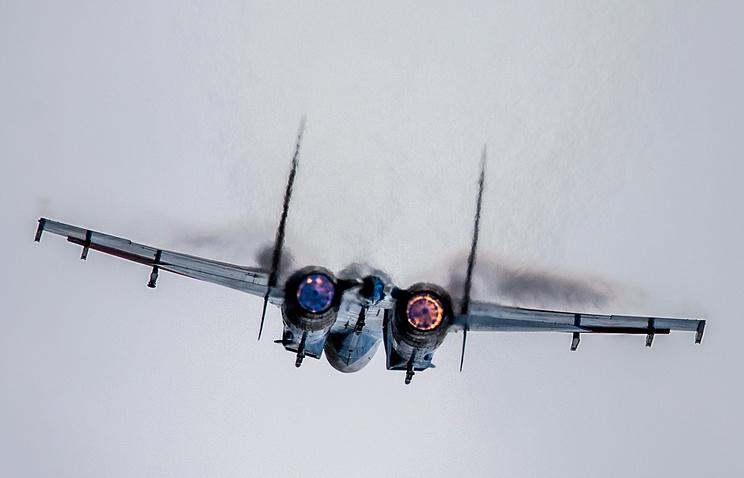 Sukhoi Su-27 strategic bomber