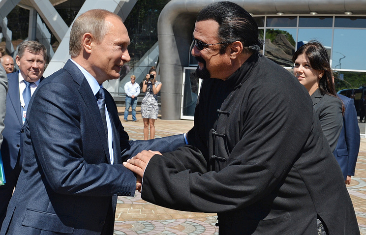 Russian President Vladimir Putin and US actor Steven Seagal
