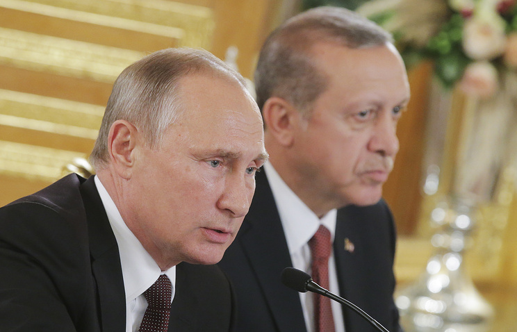 Russia's President Vladimir Putin and Turkey's President Recep Tayyip Erdogan, October 10, 2016