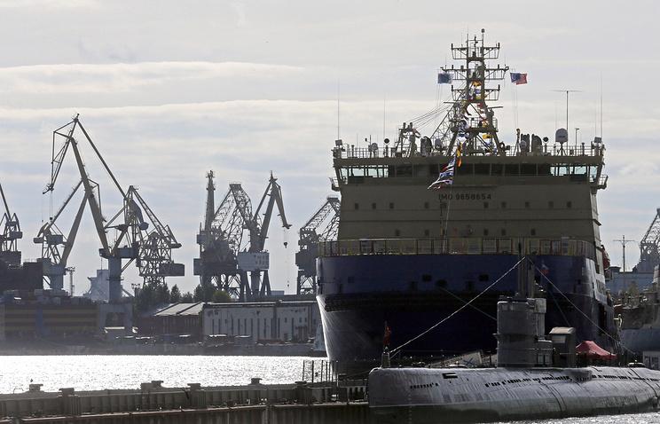 Project 21900M icebreaker