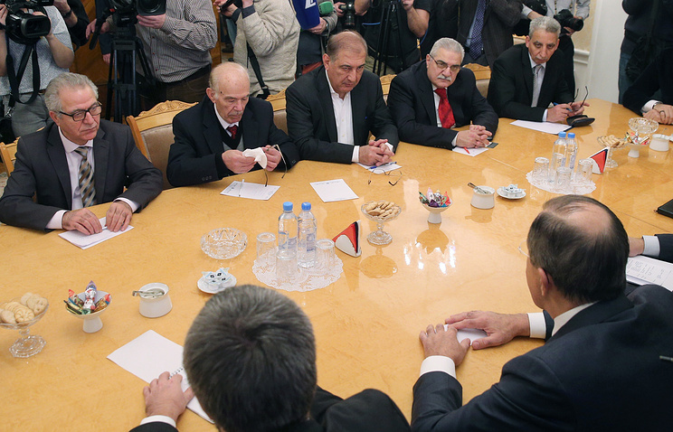 Representatives of Syrian opposition groups meeting with Russia's Foreign Minister Sergei Lavrov