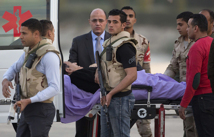 Mubarak to return home within 2 days: lawyer