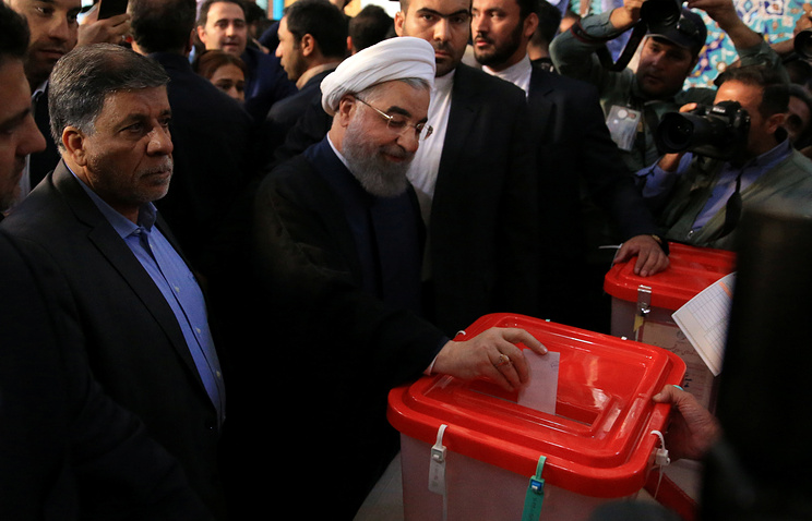 Iran's re-elected Rouhani vows 'no' to extremism