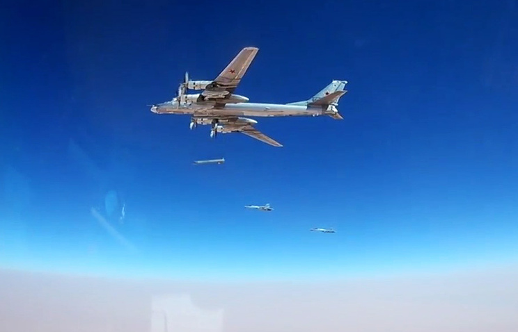 Russian air force destroys terrorists' convoy heading for Syria's Deir ez-Zor