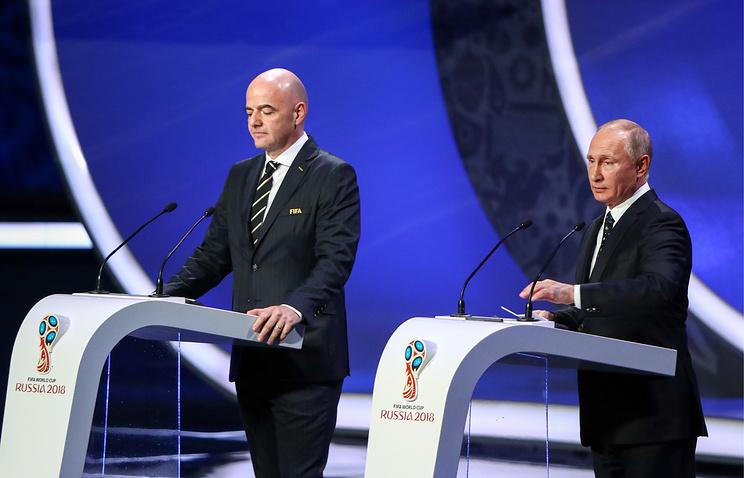 FIFA President Gianni Infantino and Russia's President Vladimir Putin