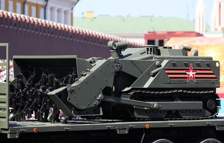 Uran-6 robotic mine-clearing vehicle
