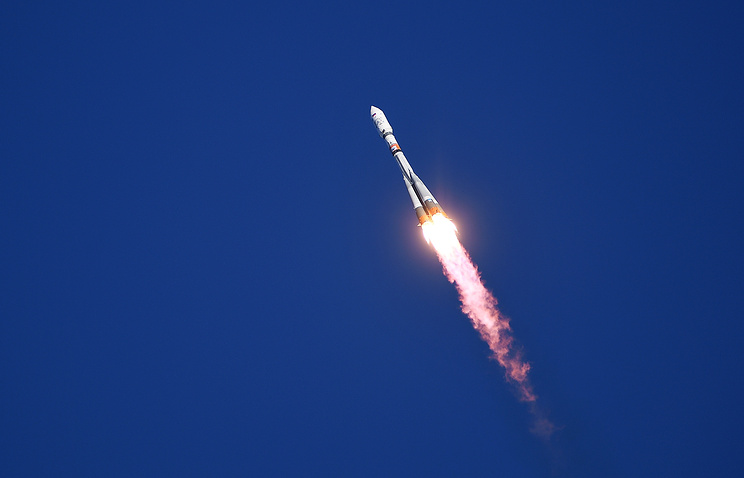 Russian spacecraft aims to break record for fastest trip to space station