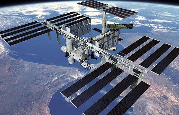 Russian crew reaches International Space Station