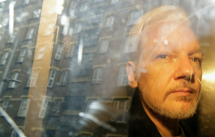 Swedish prosecutors request Assange detention: First step to European arrest warrant