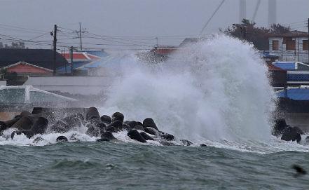 Photo EPA/ HITOSHI MAESHIRO