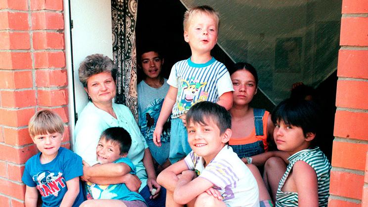 Семейный детский  дом в Томилино. 1999. Фото ИТАР-ТАСС/Игорь Зотин