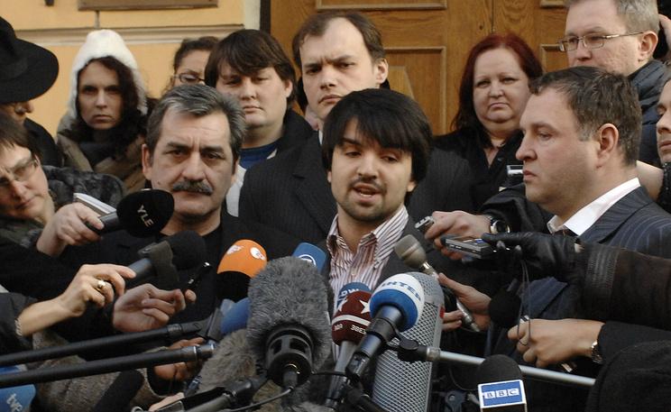 Мурад Мусаев (в центре). Фото из архива ИТАР-ТАСС/ Юрий Машков
