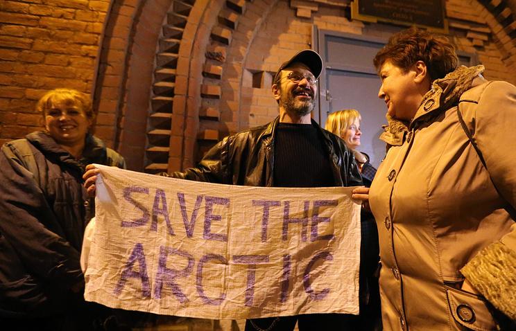 Активист Greenpeace Дмитрий Литвинов из Швеции