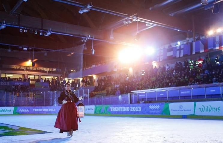 Церемония закрытия Универсиады в Тренто