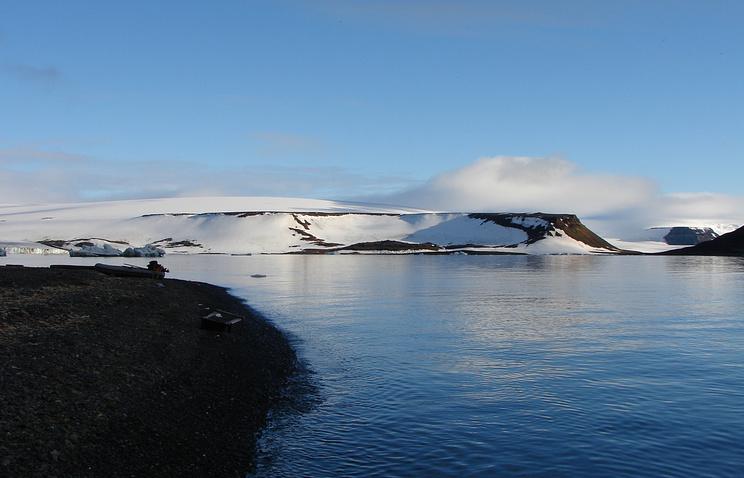 Арктика. Вид на один из островов архипелага Земля Франца-Иосифа