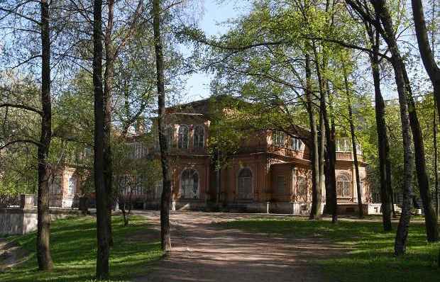 Лопухинский сад. Дача Громова.