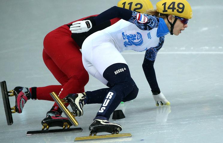 Российская спортсменка Татьяна Бородулина (справа) в забеге на 1500 м