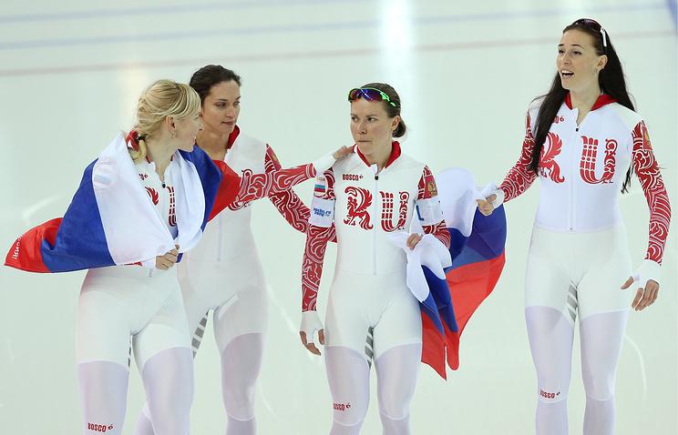 Ольга Граф, Екатерина Лобышева, Юлия Скокова, Екатерина Шихова (слева направо), завоевавшие бронзовые медали в командной гонке