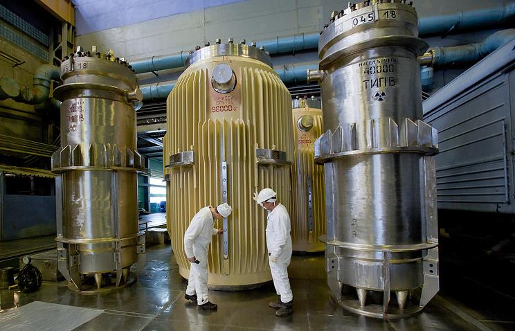 """Контейнеры для перевозки сборок с ядерным топливом на ПО """"Маяк"""" - предприятии по хранению и переработке отработанного ядерного топлива - в Челябинской области"""