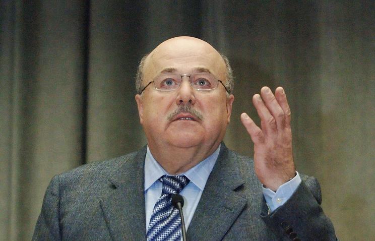 Председатель СТД РФ, народный артист России Александр Калягин