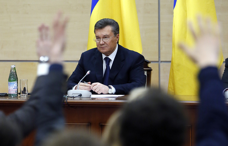 Виктор Янукович во время пресс-конференции в Ростове-на Дону