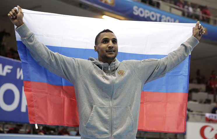 Россиянин Люкман Адамс выиграл золото в тройном прыжке