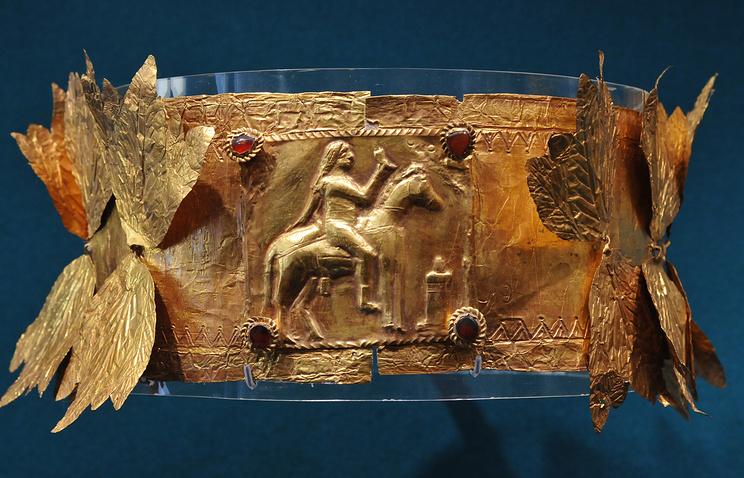 Погребальный венок (II - III вв.), найденный в окрестностях Керчи