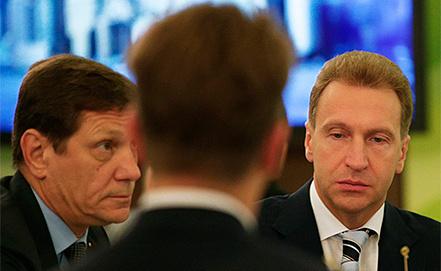Александр Жуков и Игорь Шувалов (справа). Фото ИТАР-ТАСС/ Сергей Карпов