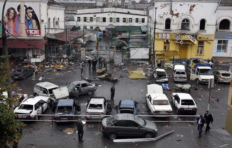 На месте взрыва, Владикавказ, 10 сентября 2010 года