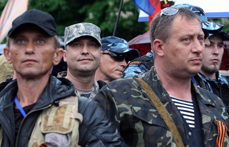 Валерий Болотов (в центре)
