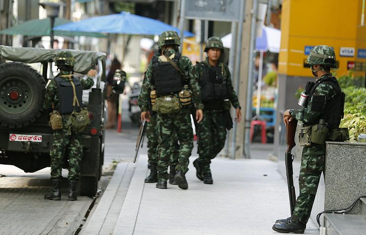 20 мая. Солдаты армии Таиланда патрулируют улицы Бангкока