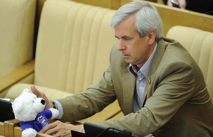 Первый зампред комитета Госдумы по конституционному законодательству и госстроительству Вячеслав Лысаков