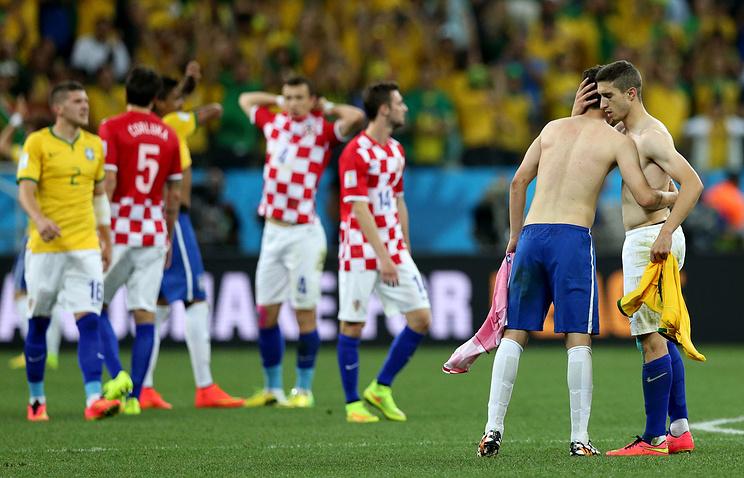 Футболисты сборной Хорватии после матча с бразильцами