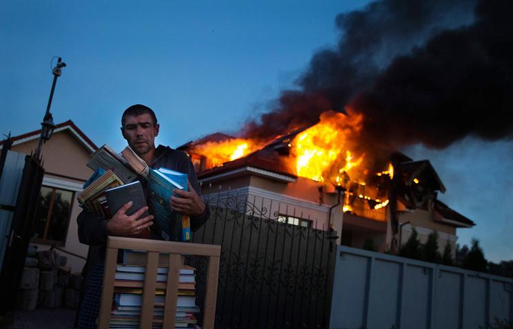 Последствия артобстрела пригородов Луганска