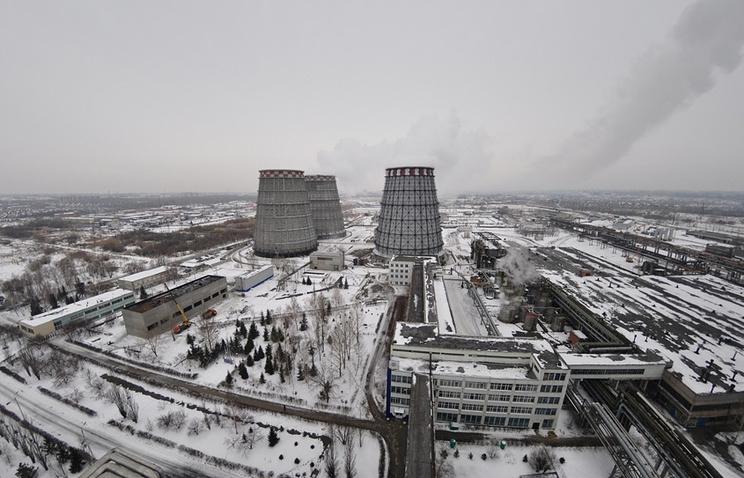 Вид на омскую ТЭЦ-5. Черный снег регулярно выпадал в городе из-за неэффективной работы очистителей.