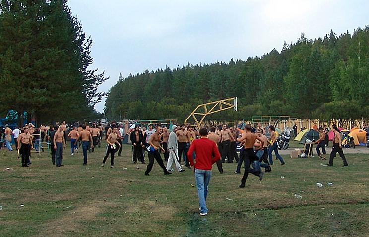 Во время драки на рок-фестивале в Миассе. Август 2010 года